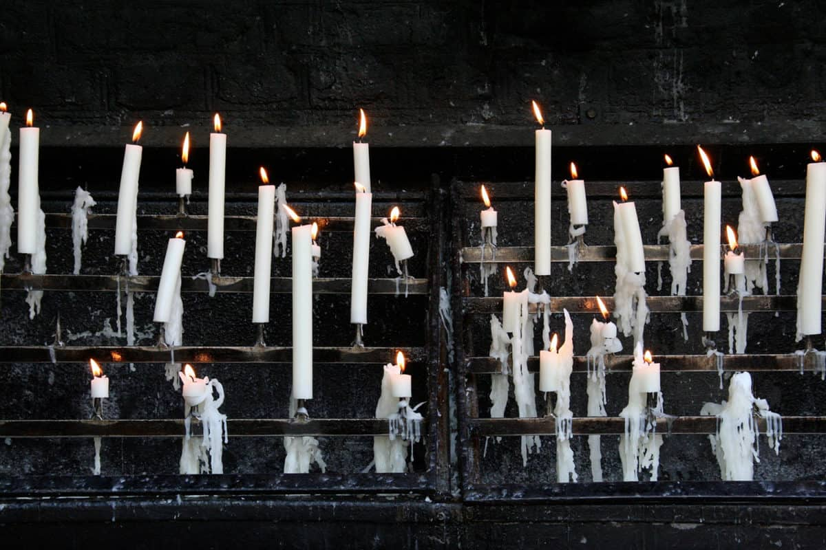 White-Candle-Meaning