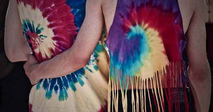 Aquarius Personality Traits - couple wearing tie-dye