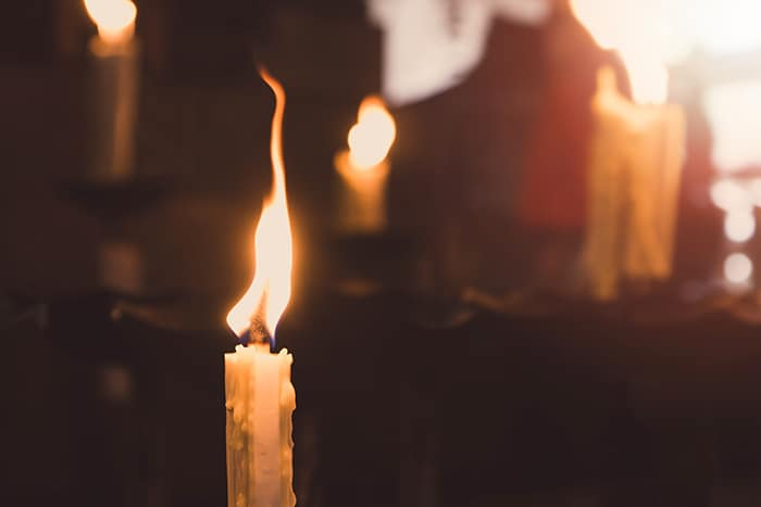 Candle Signs and Flame Meanings - High Flame
